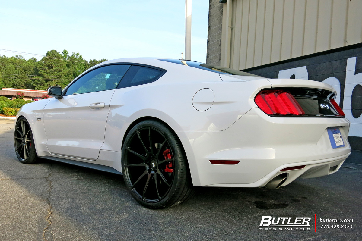 Ford Mustang with 22in Savini BM12 Wheels