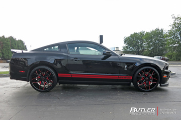 Ford Mustang with 22in Savini SV57c Wheels