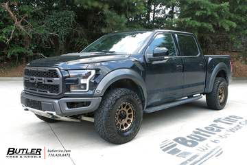 Ford Raptor with 17in Method Race 305 NV Wheels