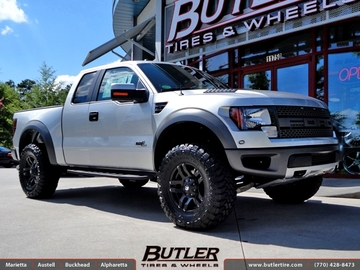 Ford Raptor with 18in Fuel Pump Wheels
