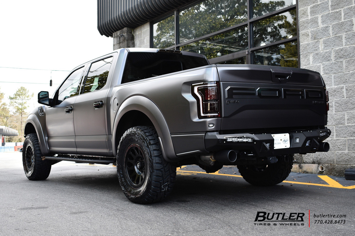 Ford Raptor with 18in Fuel Ripper Wheels