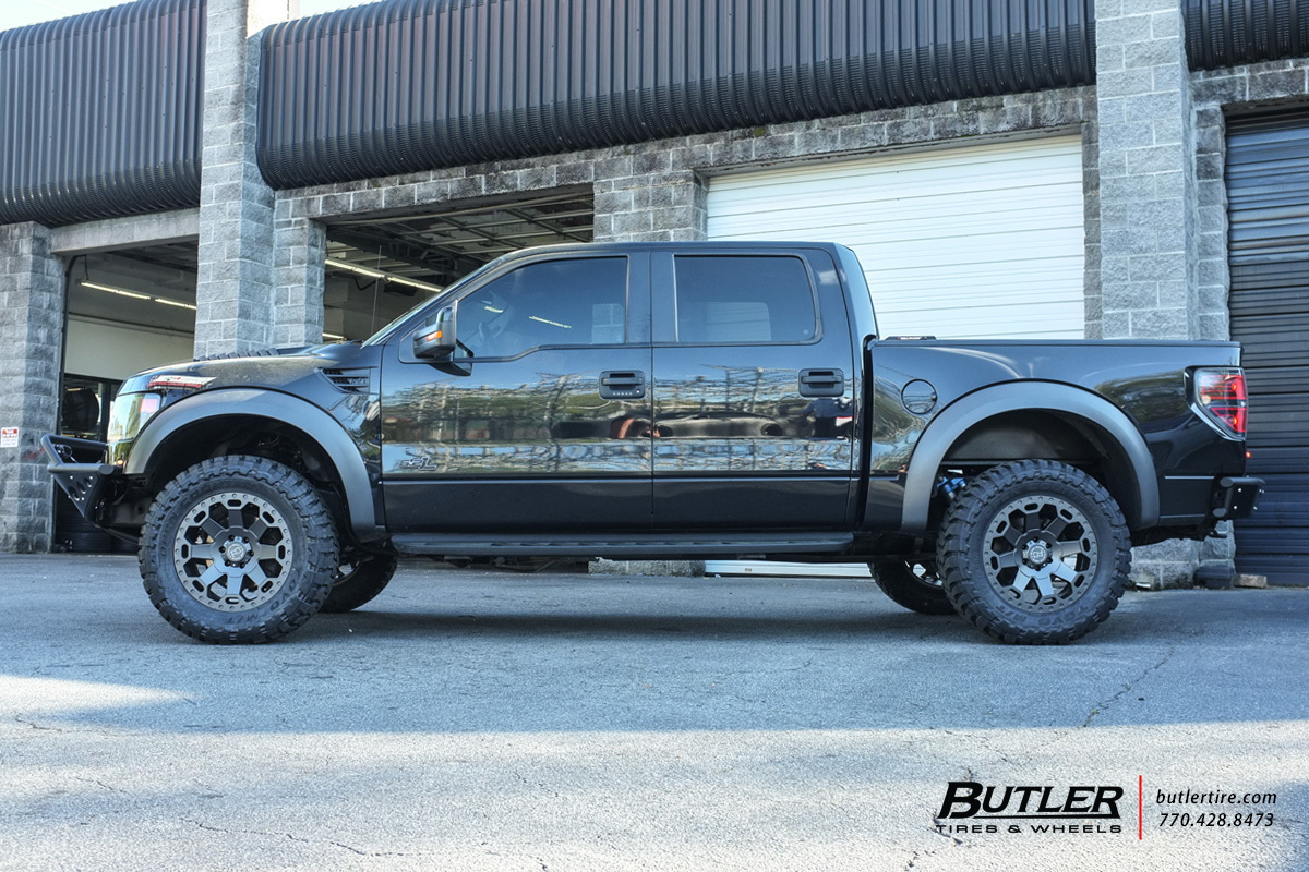 Ford Raptor With 20in Black Rhino Warlord Wheels