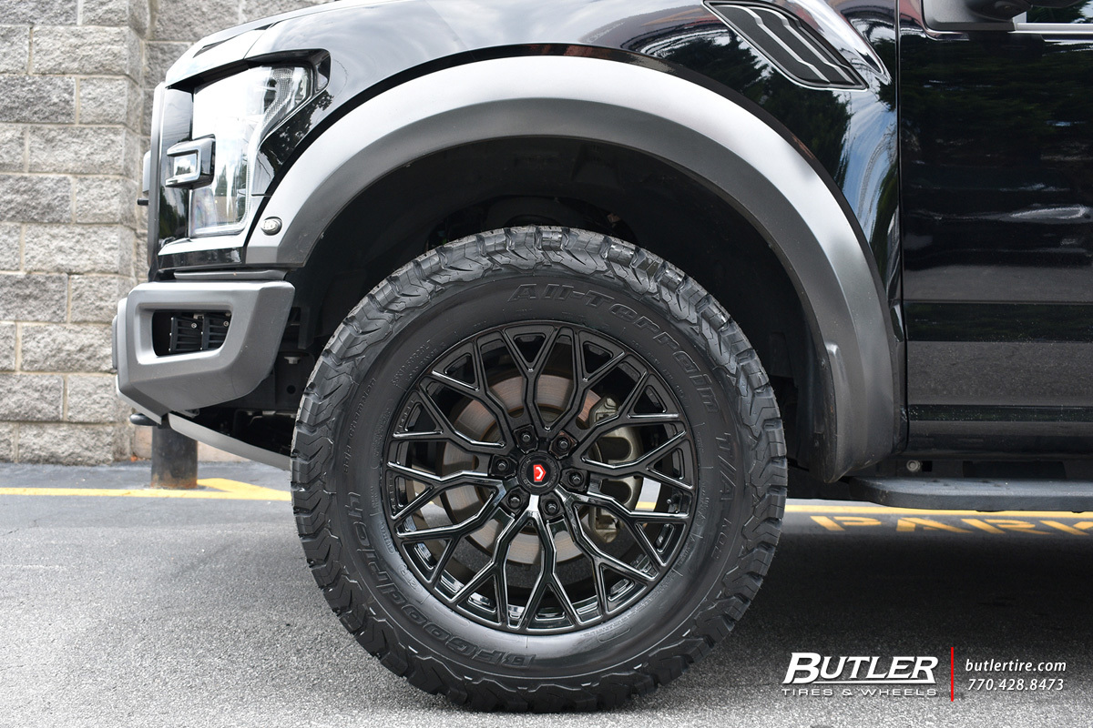 Ford Raptor with 20in Vossen S17-02 Wheels