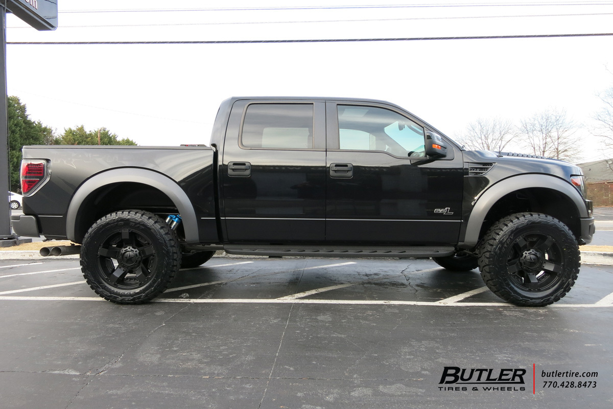 Ford Raptor with 20in XD Rockstar II Wheels