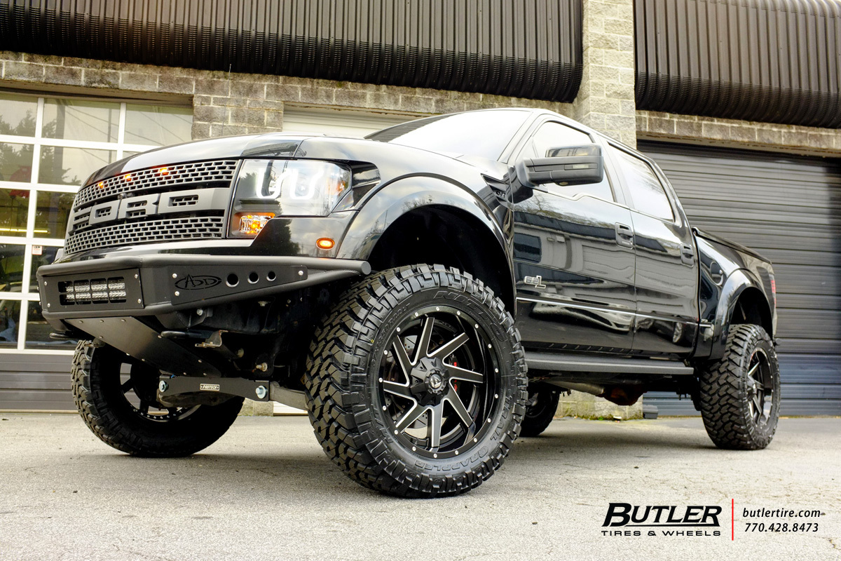 Ford Raptor with 22in Fuel Renegade Wheels