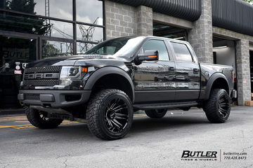 Ford Raptor with 22in Tuff T21 Wheels