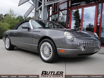 Ford Thunderbird with 17in TSW Silverstone Wheels