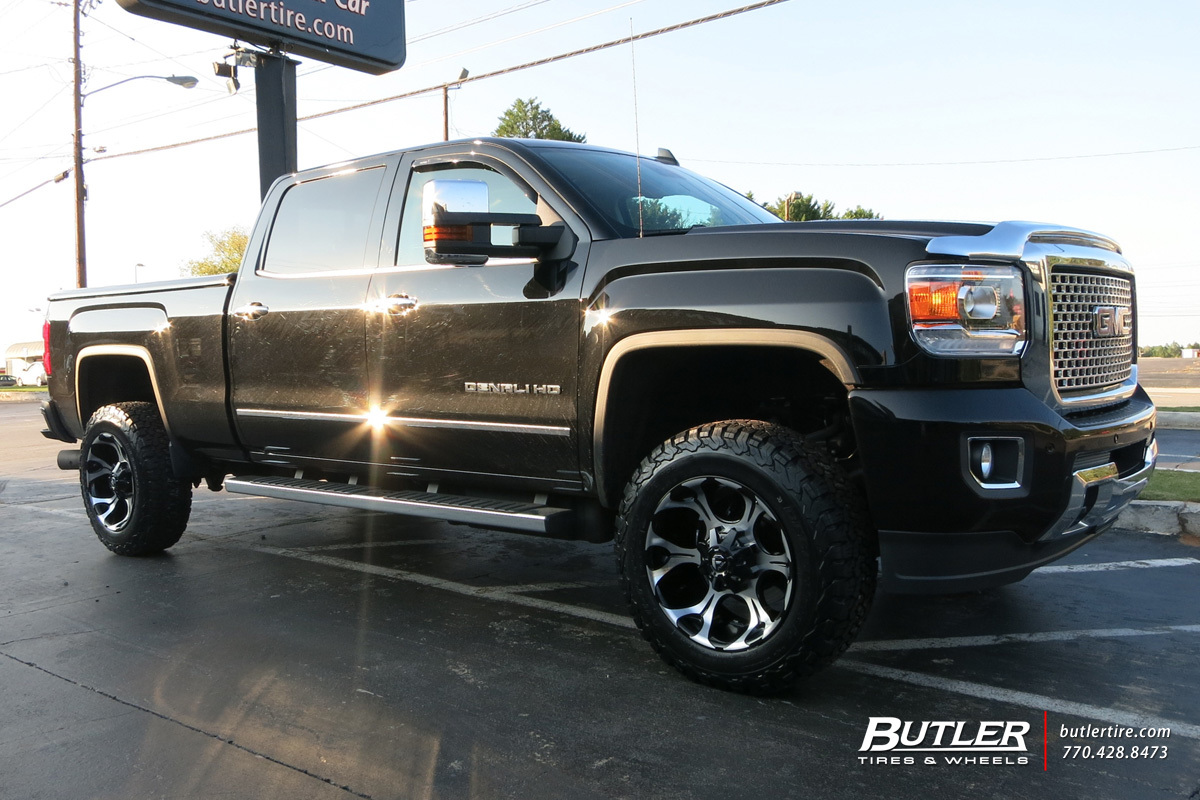 GMC Denali with 20in Fuel Dune Wheels