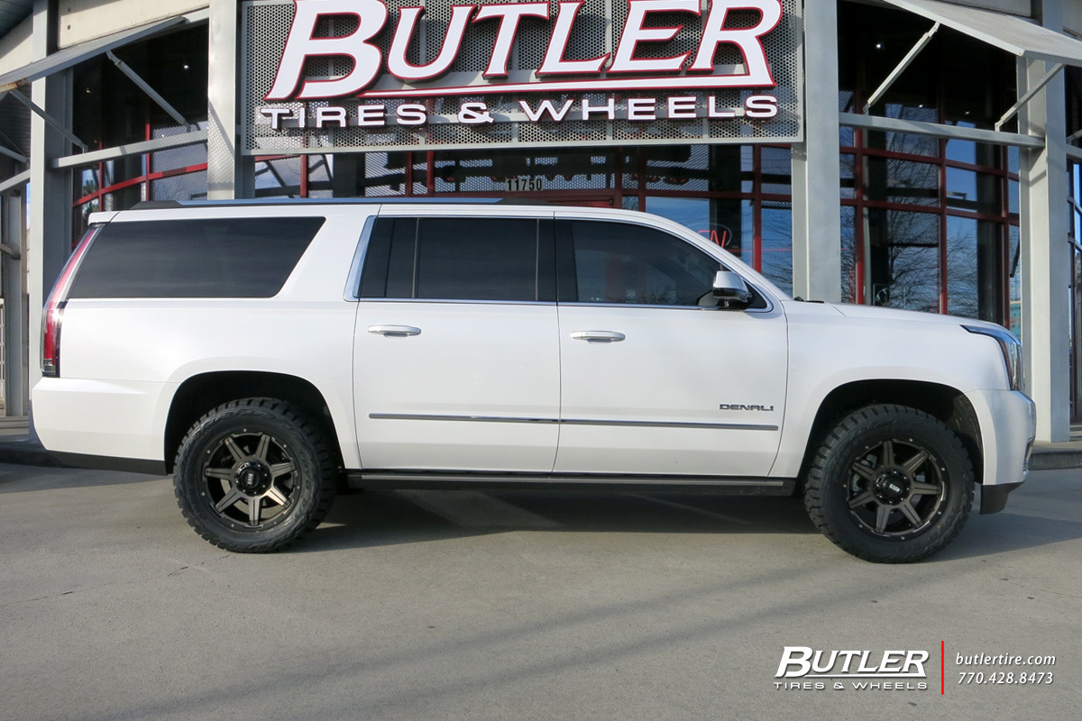 GMC Denali with 20in Grid Offroad GD6 Wheels