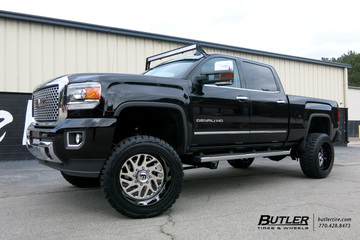 GMC Denali with 22in Fuel FF29 Wheels