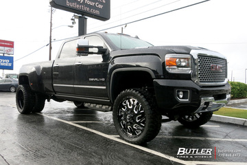 GMC Denali Dually with 24in Fuel Triton Wheels