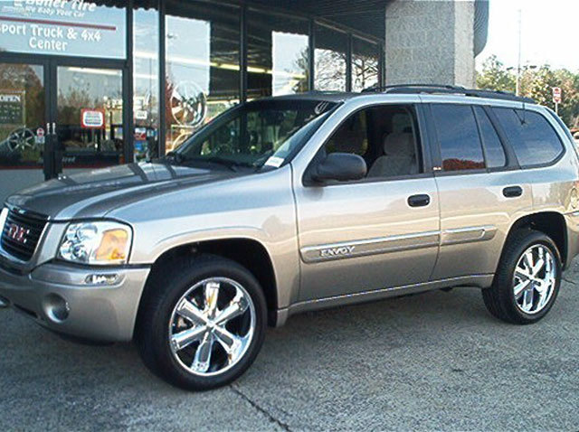 GMC Envoy with 20in TSW Slugger Wheels