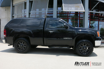 GMC Sierra with 18in Fuel Maverick Wheels