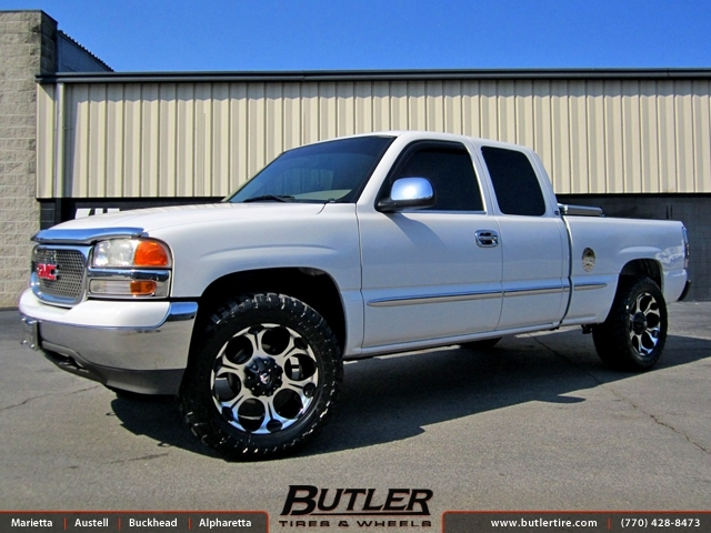 GMC Sierra with 20in Fuel Dune Wheels