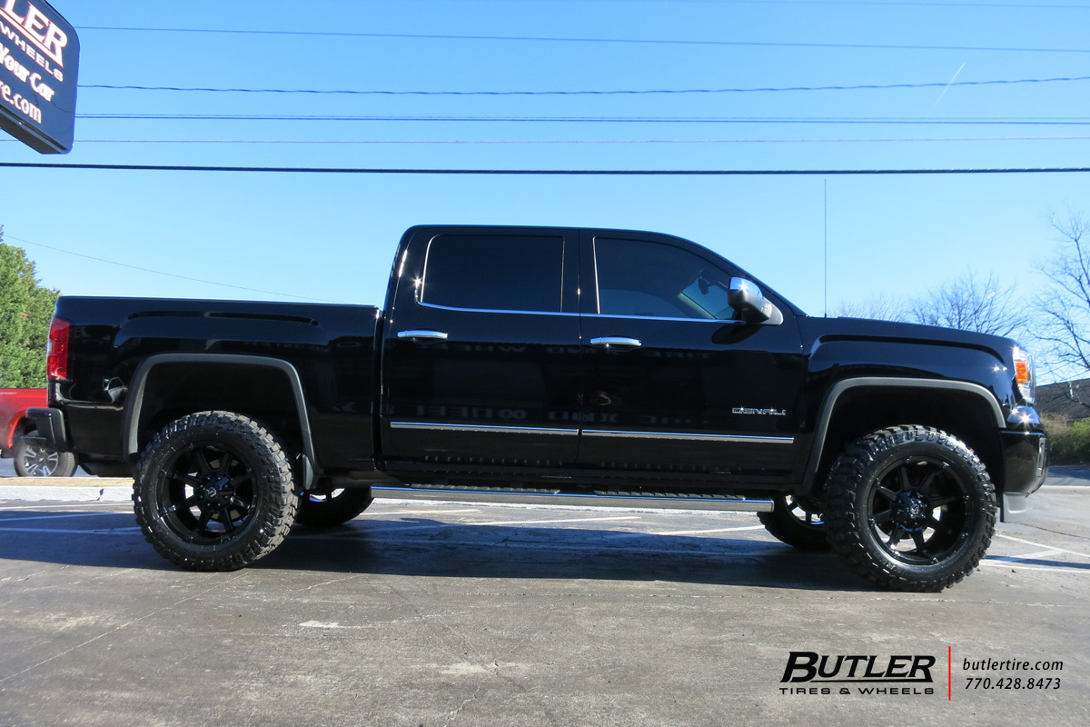 GMC Sierra Denali with 20in Fuel Coupler Wheels