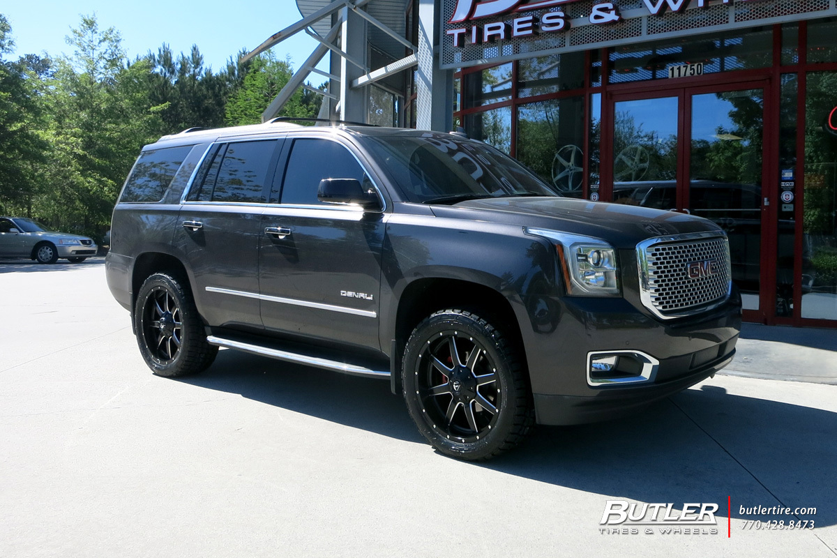 GMC Yukon with 22in Fuel Maverick Wheels