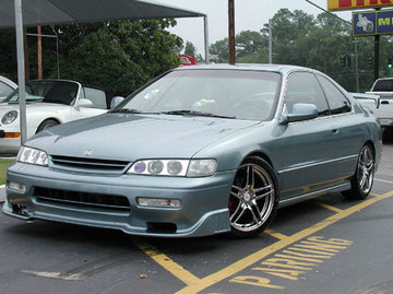 Honda Accord with 17in Reaction Opive Wheels