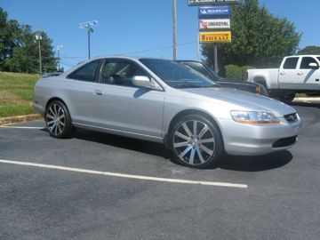 Honda Accord with 20in MRR HR4 Wheels