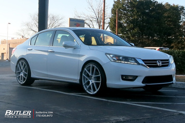 Honda Accord with 21in Avant Garde M615 Wheels