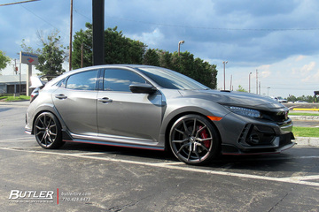 Honda Civic Type R with 20in XO Verona Wheels