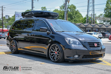Honda Odyssey with 20in Vossen HF-2 Wheels