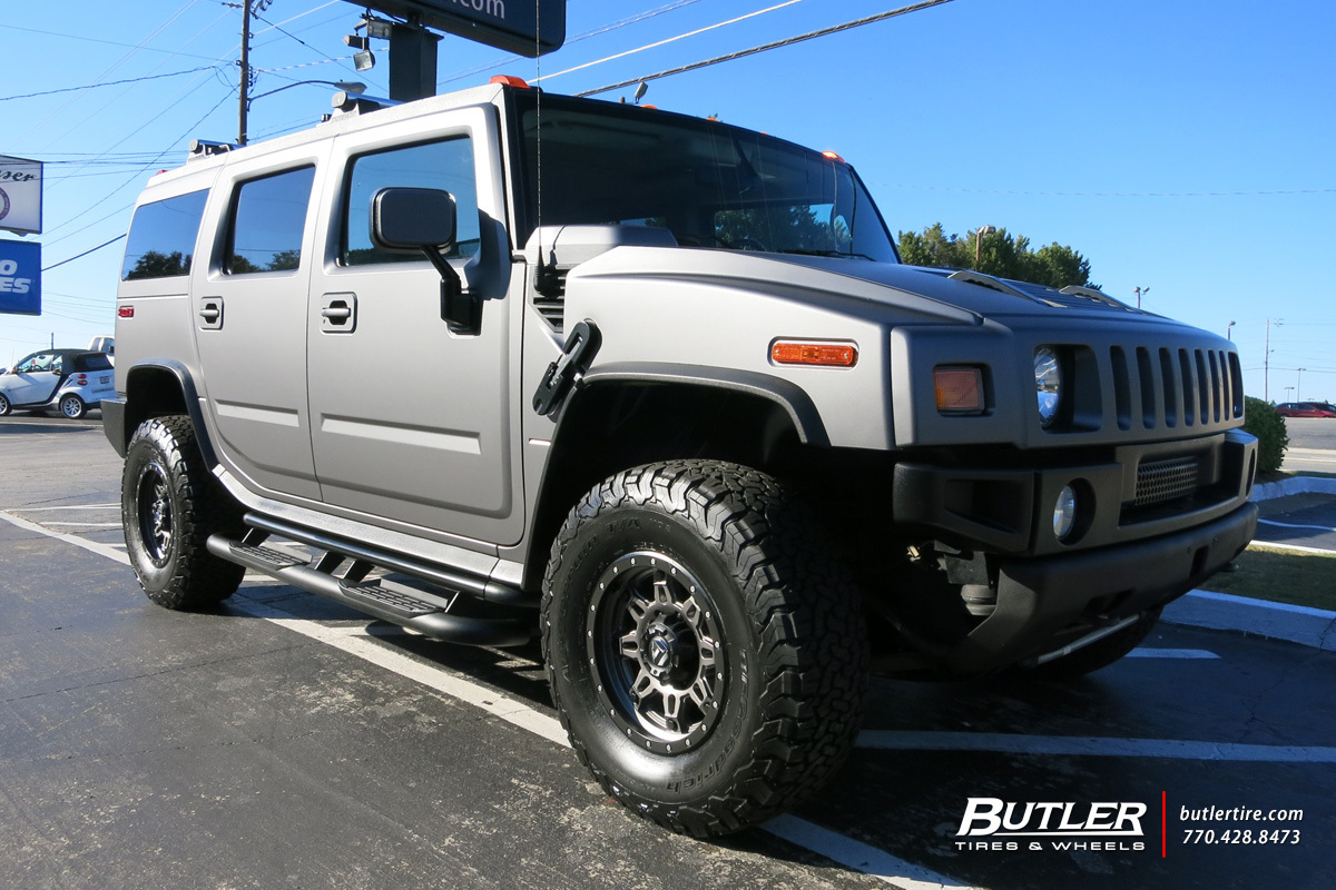 Hummer H2 with 17in Fuel Hostage II Wheels