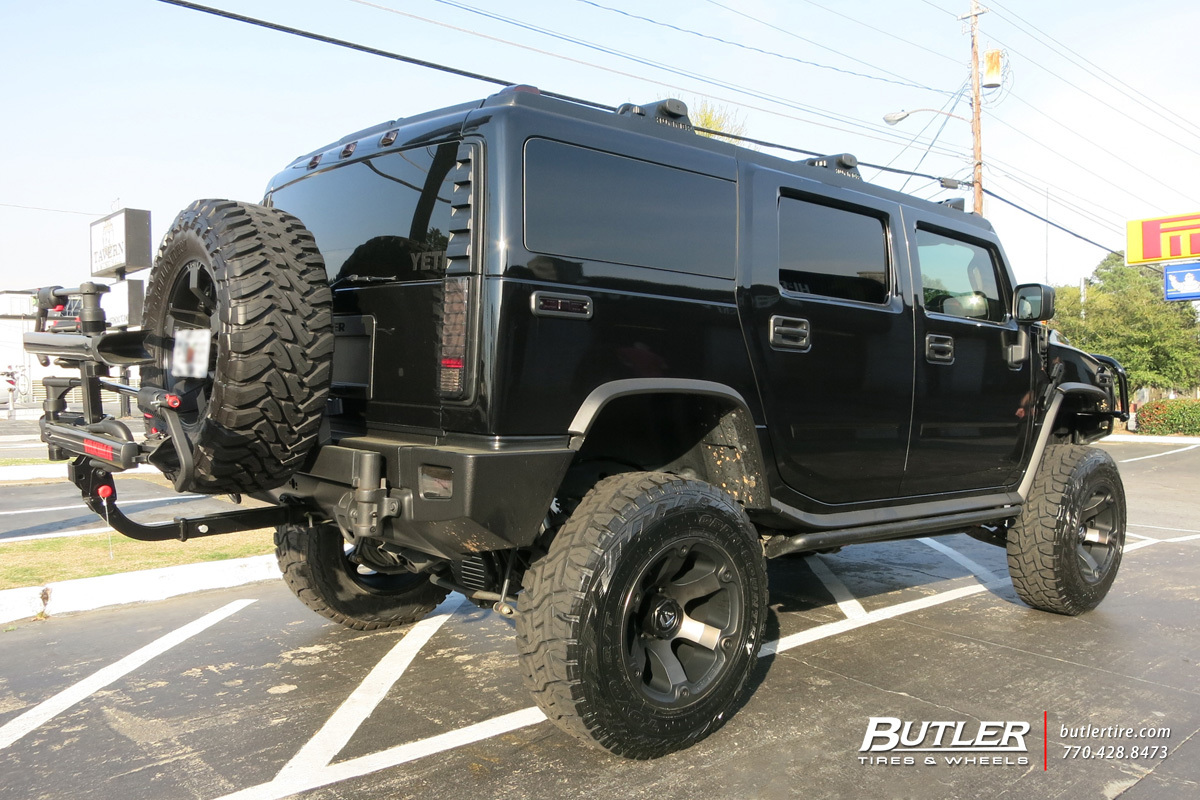 Hummer H2 with 20in Fuel Beast Wheels