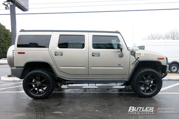 Hummer H2 with 20in Fuel Coupler Wheels