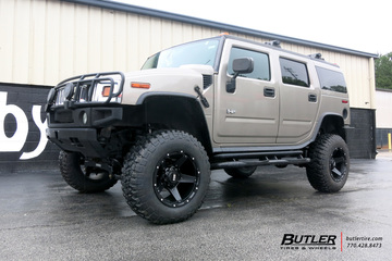 Hummer H2 with 20in Grid Offroad GD4 Wheels