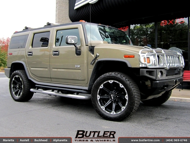 Hummer H2 with 22in Dick Cepek Torque Wheels