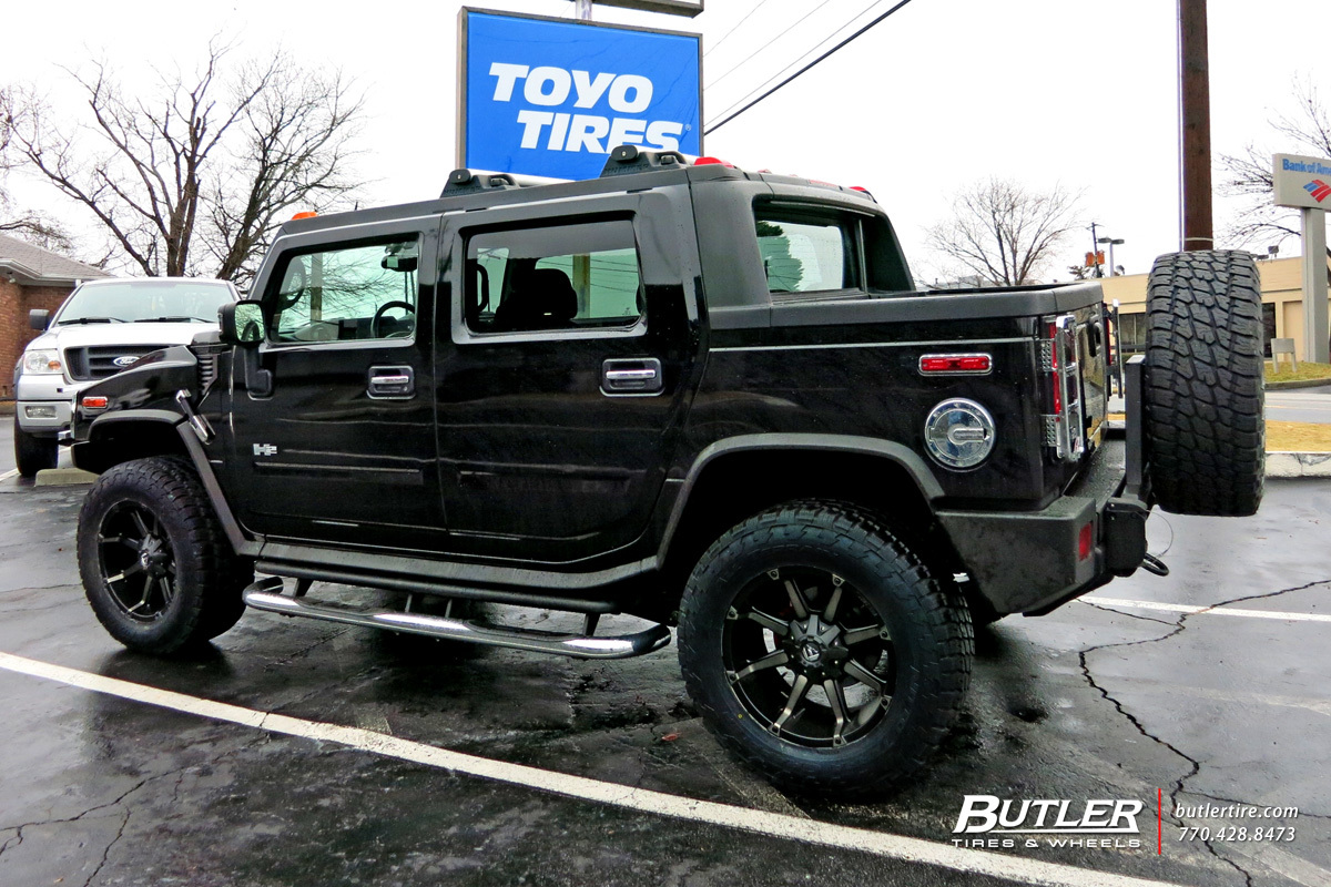 Hummer H2 with 22in Fuel Coupler Wheels