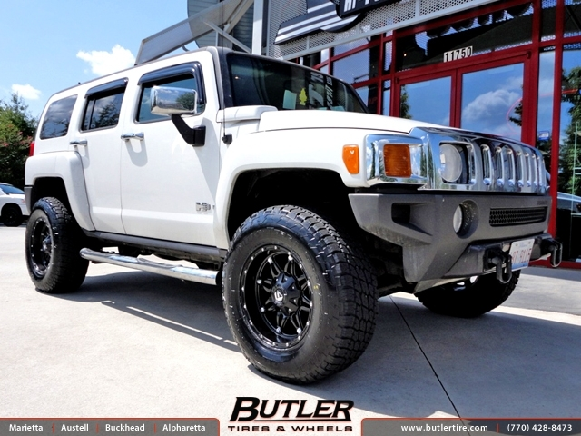 Hummer H3 with 17in Fuel Hostage Wheels