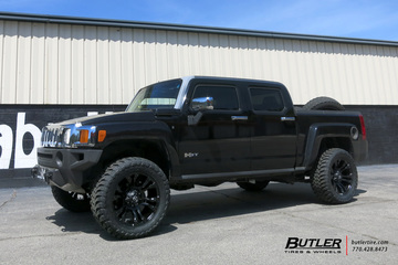 Hummer H3T with 20in Fuel Vapor Wheels