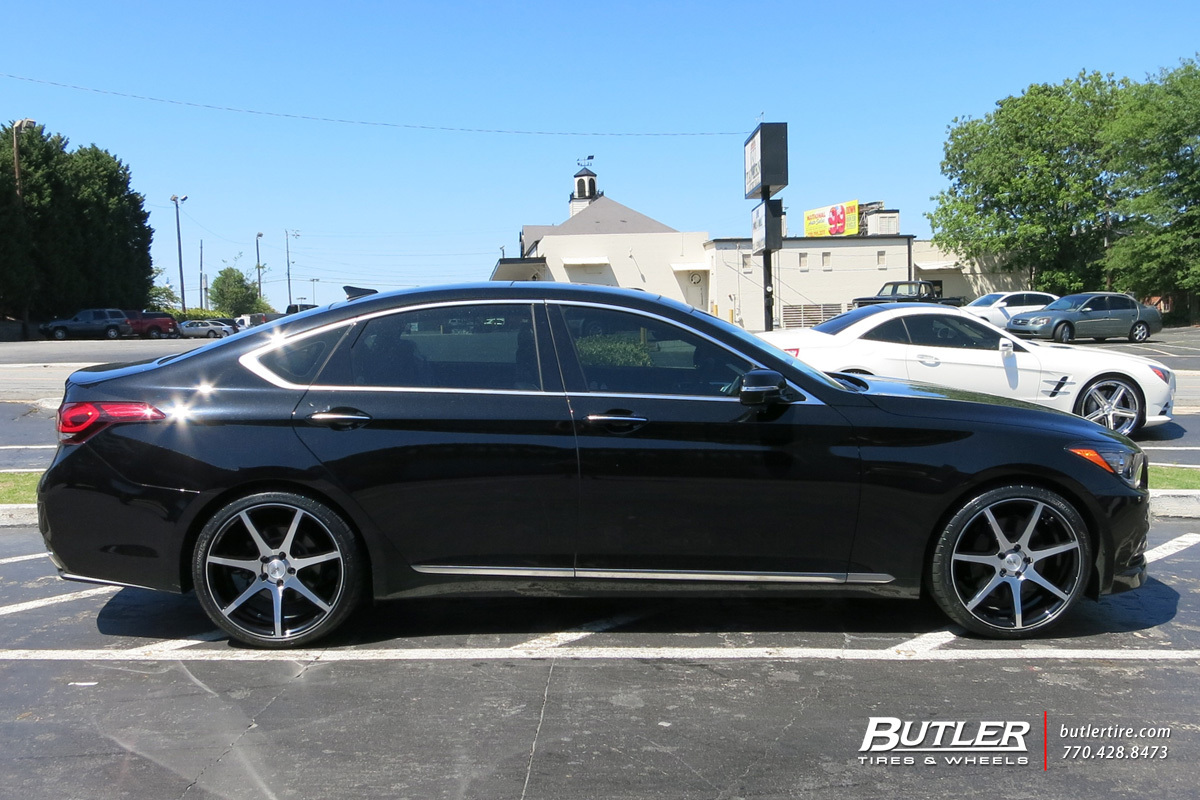 Hyundai Genesis with 20in Savini BM10 Wheels