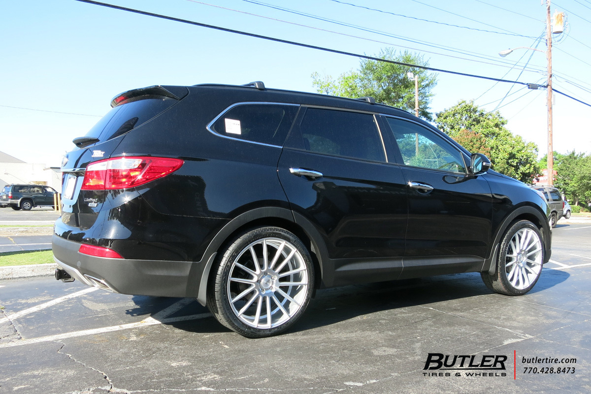 Hyundai Santa Fe with 22in Savini BM9 Wheels