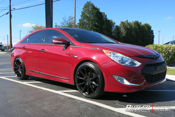 Hyundai Sonata with 20in Niche Essen Wheels