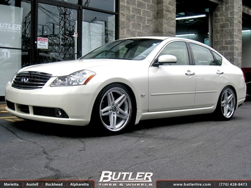 Infiniti M35 with 20in Lexani R-Five Wheels