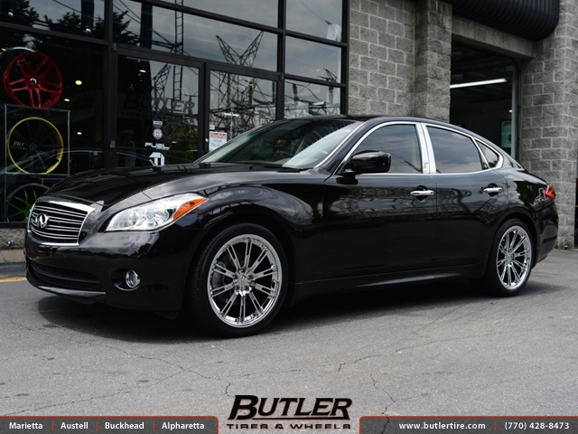 Infiniti M37 with 20in Savini BM3 Wheels