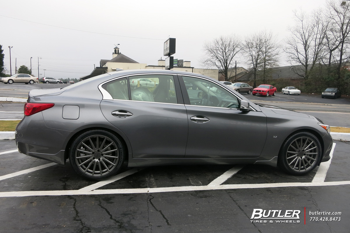 Infiniti Q50 with 19in Vossen VFS2 Wheels