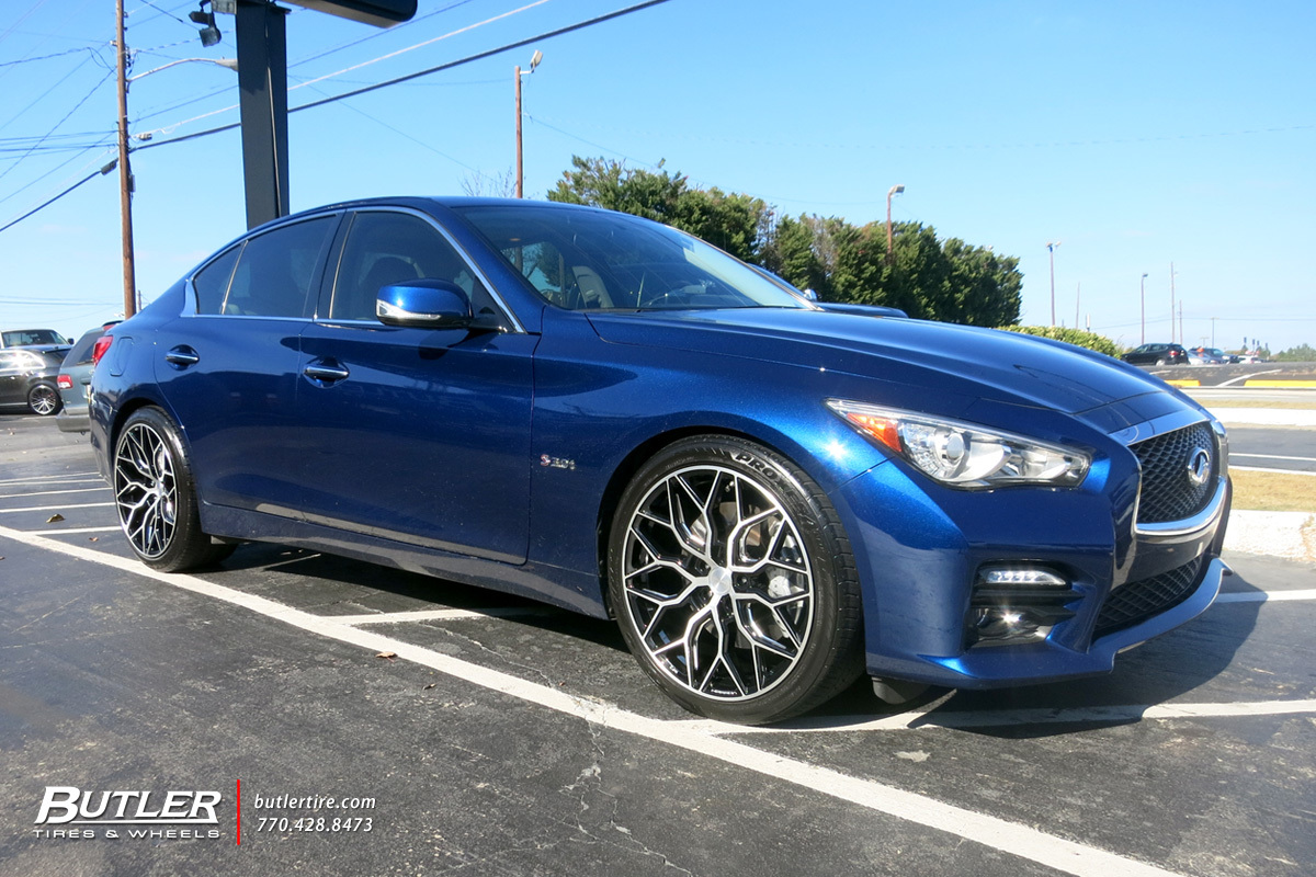 Infiniti Q50 with 20in Vossen HF-2 Wheels