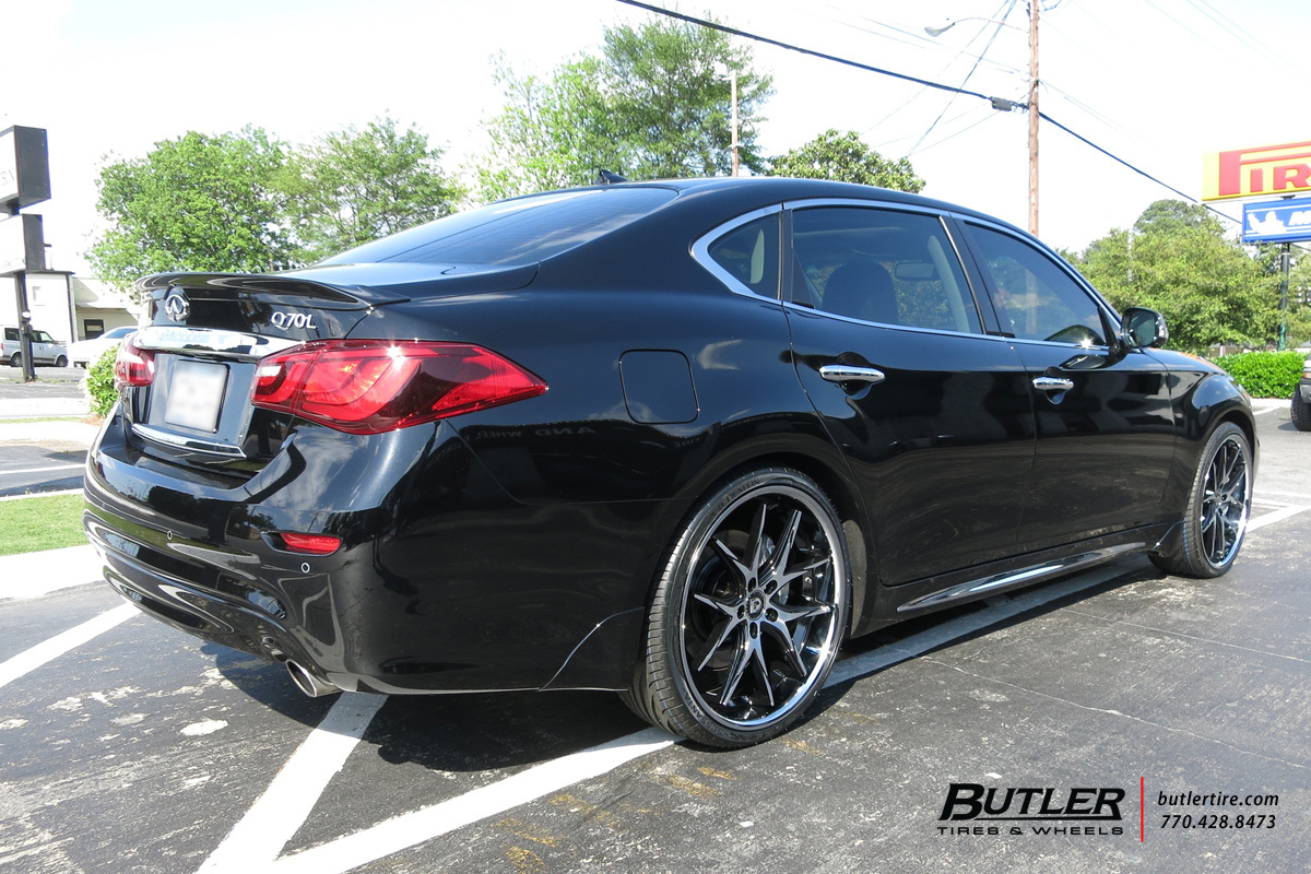 Infiniti Q70 with 22in Lexani R-Twelve Wheels