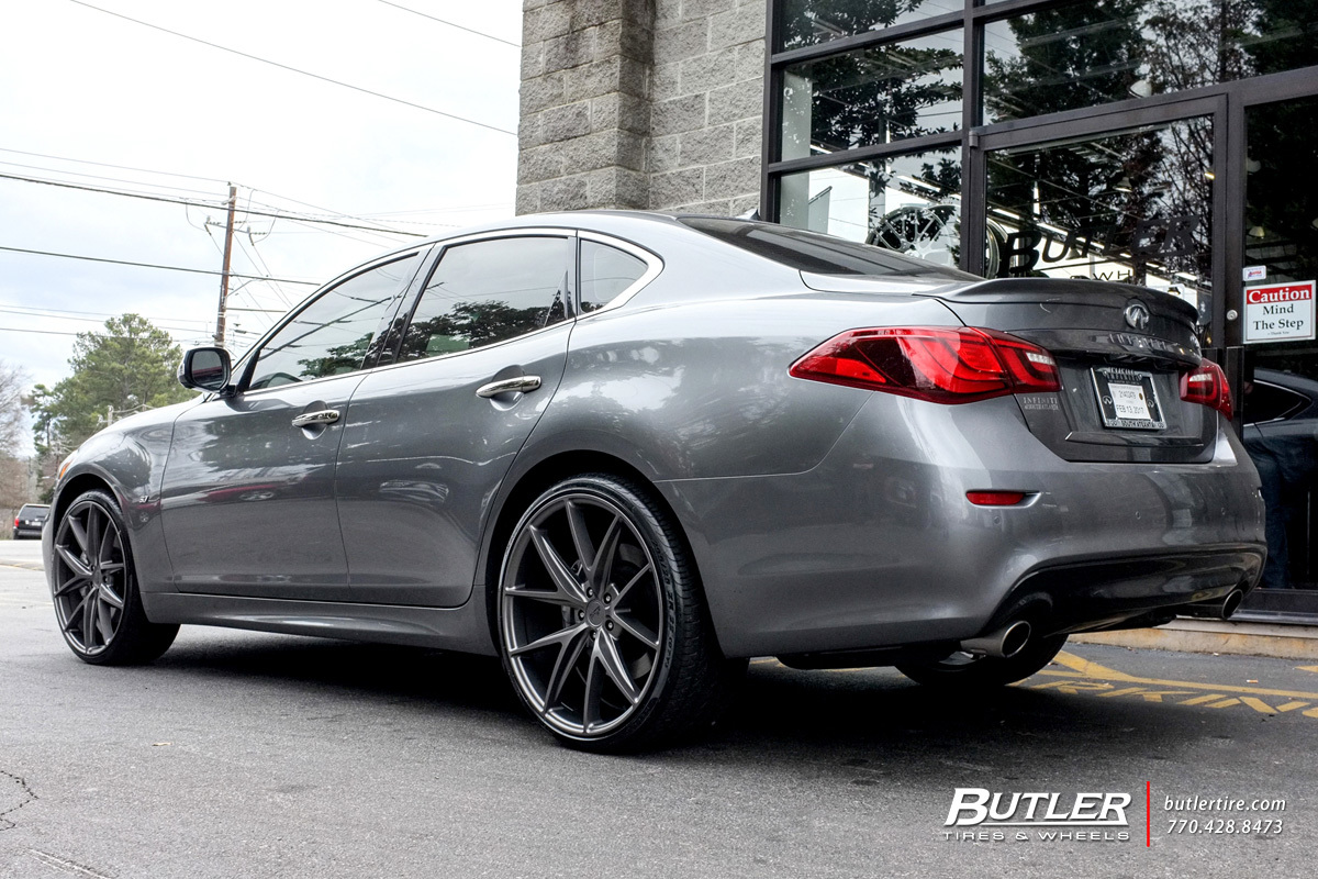 Infiniti Q70 with 22in Niche Misano Wheels