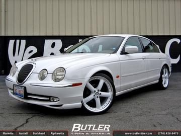 Jaguar S-Type with 20in Coventry Hornet Wheels