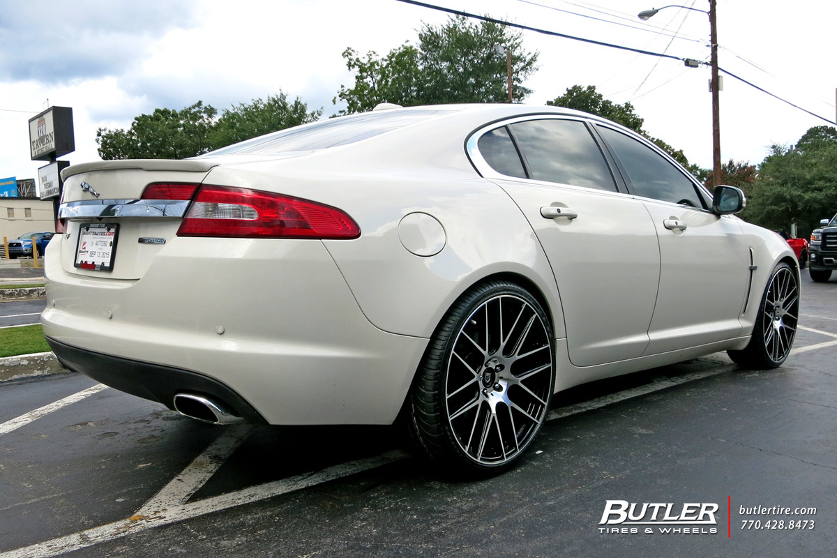 Jaguar XF with 22in Lexani CSS8 Wheels