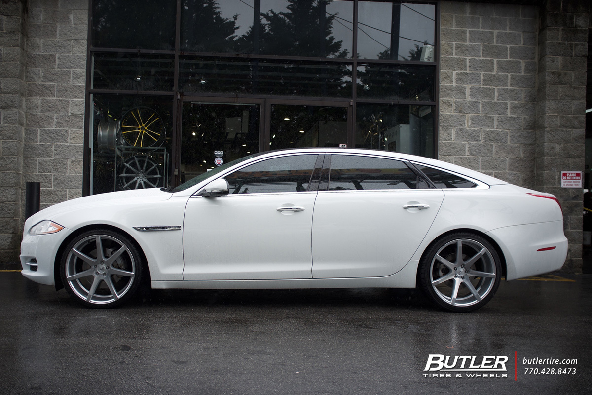 Jaguar Xj With 22in Savini Bm10 Wheels Exclusively From