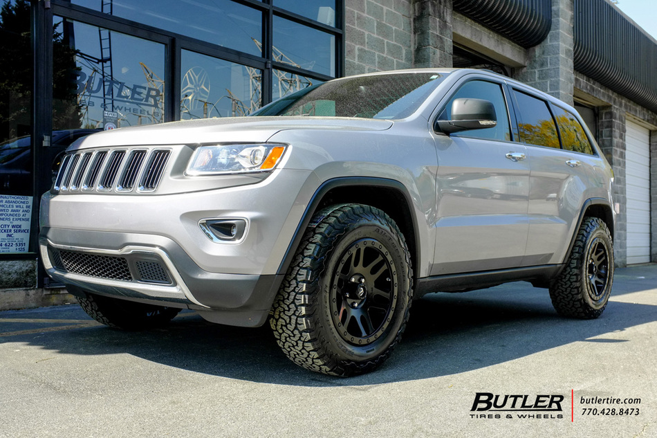Jeep Grand Cherokee With 20in Fuel Recoil Wheels