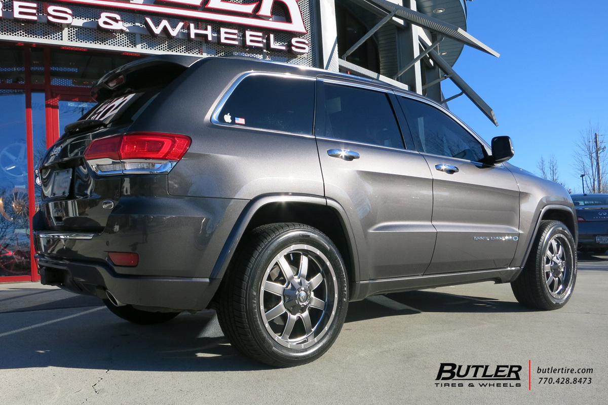 Jeep Grand Cherokee with 20in Fuel Maverick Wheels