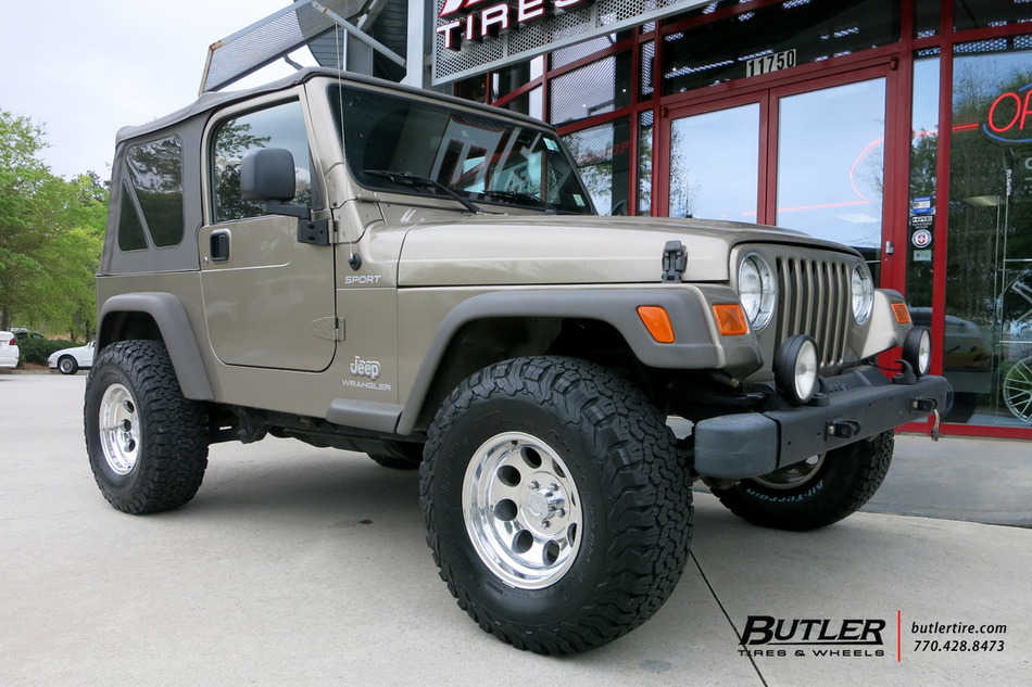 Jeep Wrangler With 15in Pro Comp 1069 Wheels Exclusively