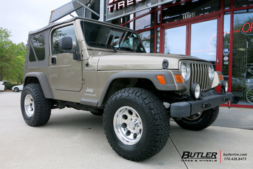 Jeep Wrangler with 15in Pro Comp 1069 Wheels