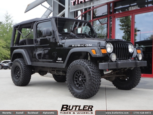 Jeep Wrangler with 16in Moto Metal 971 Wheels